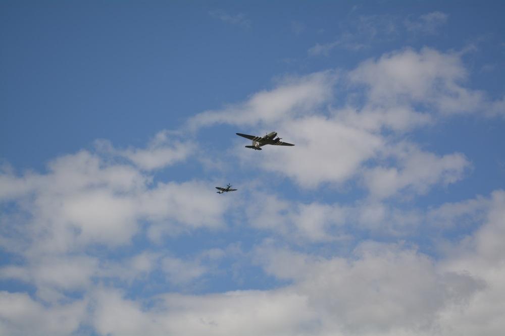 The mustang escorting a Dakota. Common throughout the war