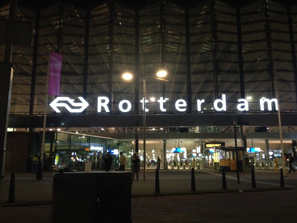 Rotterdam Station at midnight