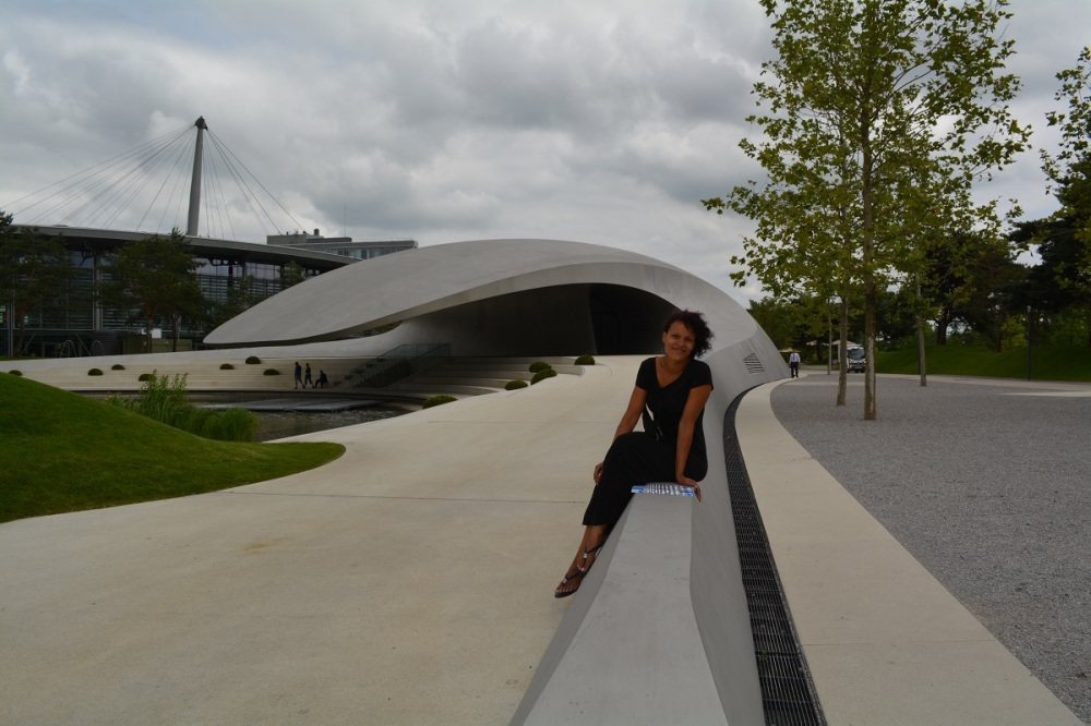 The Porsche Pavilion, an amazing structure. Jess looking stunning as usual.