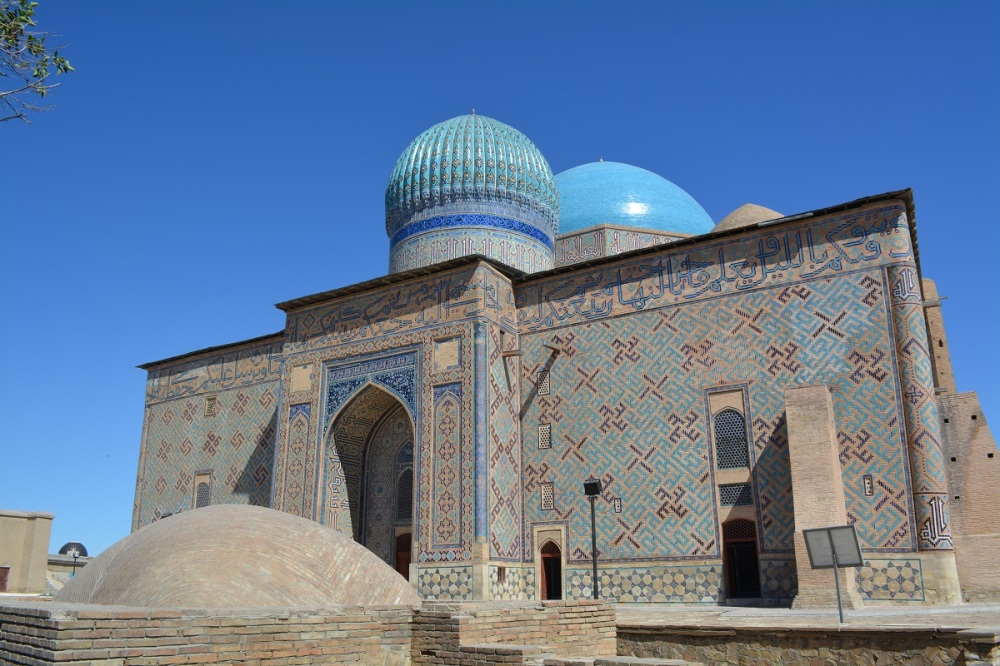 Before hitting Almaty we drove via Turkestan to see the famous Mausoleum of Khoja Ahmed Yasawi