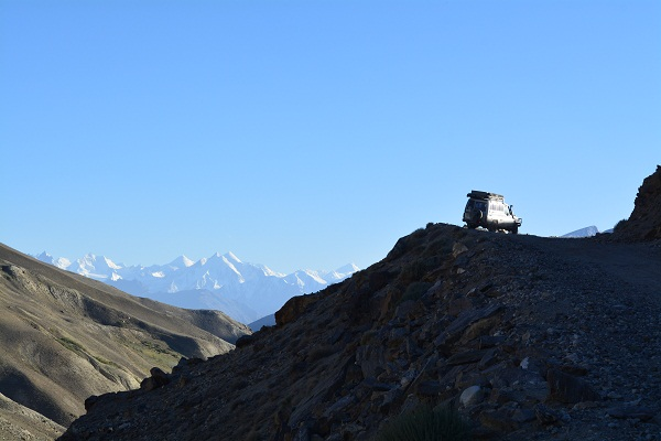 Some amazing views of the Hindu-Kush with equally spectacular roads