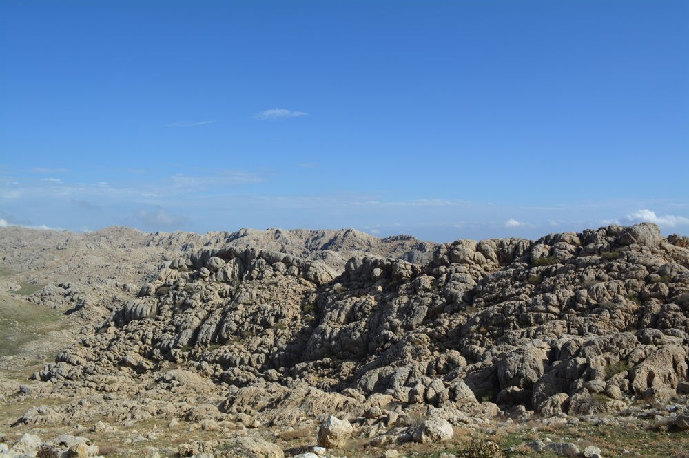 The craggy rocks atop the mountain below Nemrut