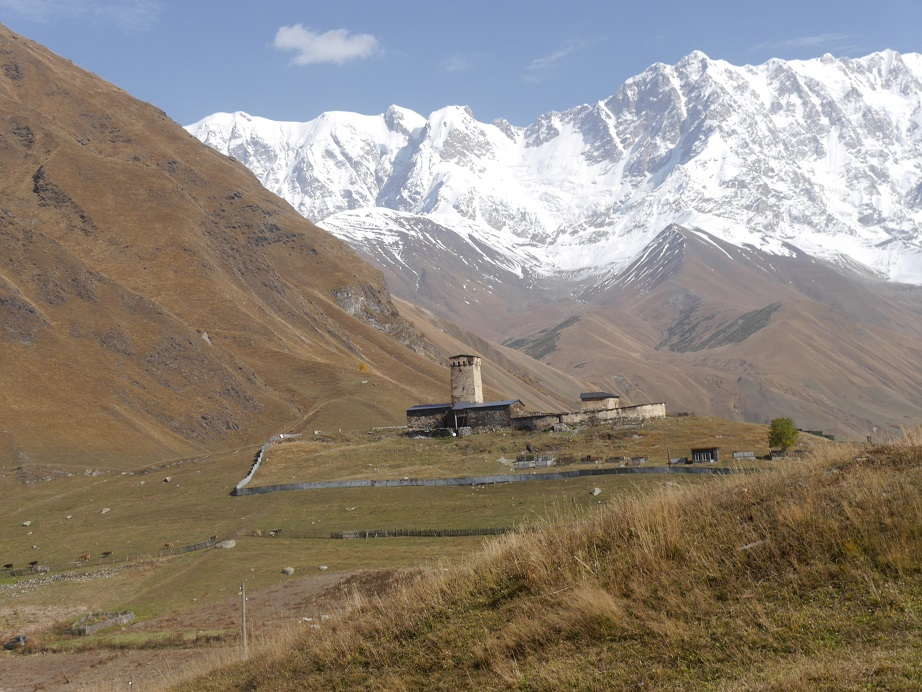 Approaching Ushguli